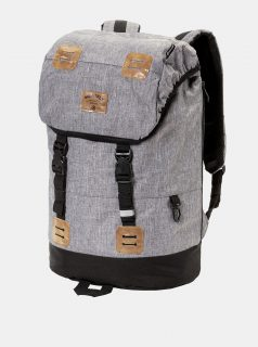 Šedý žíhaný batoh s koženkovými detaily a pláštěnkou Meatfly 26 l