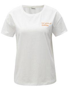 Bílé oversize tričko s výšivkou Noisy May Alfred