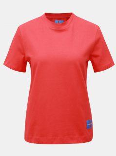 Červené dámské tričko s nášivkou Calvin Klein Jeans