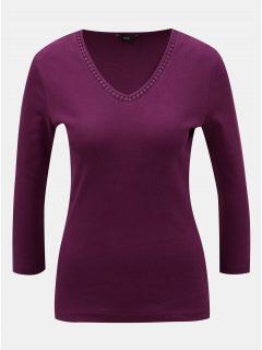 Fialové tričko s véčkovým výstřihem a detaily M&Co