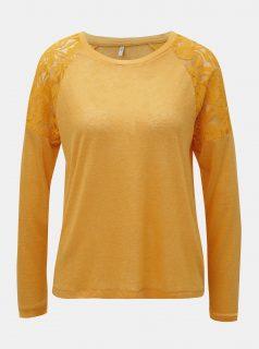 Oranžové tričko s krajkou na ramenou ONLY
