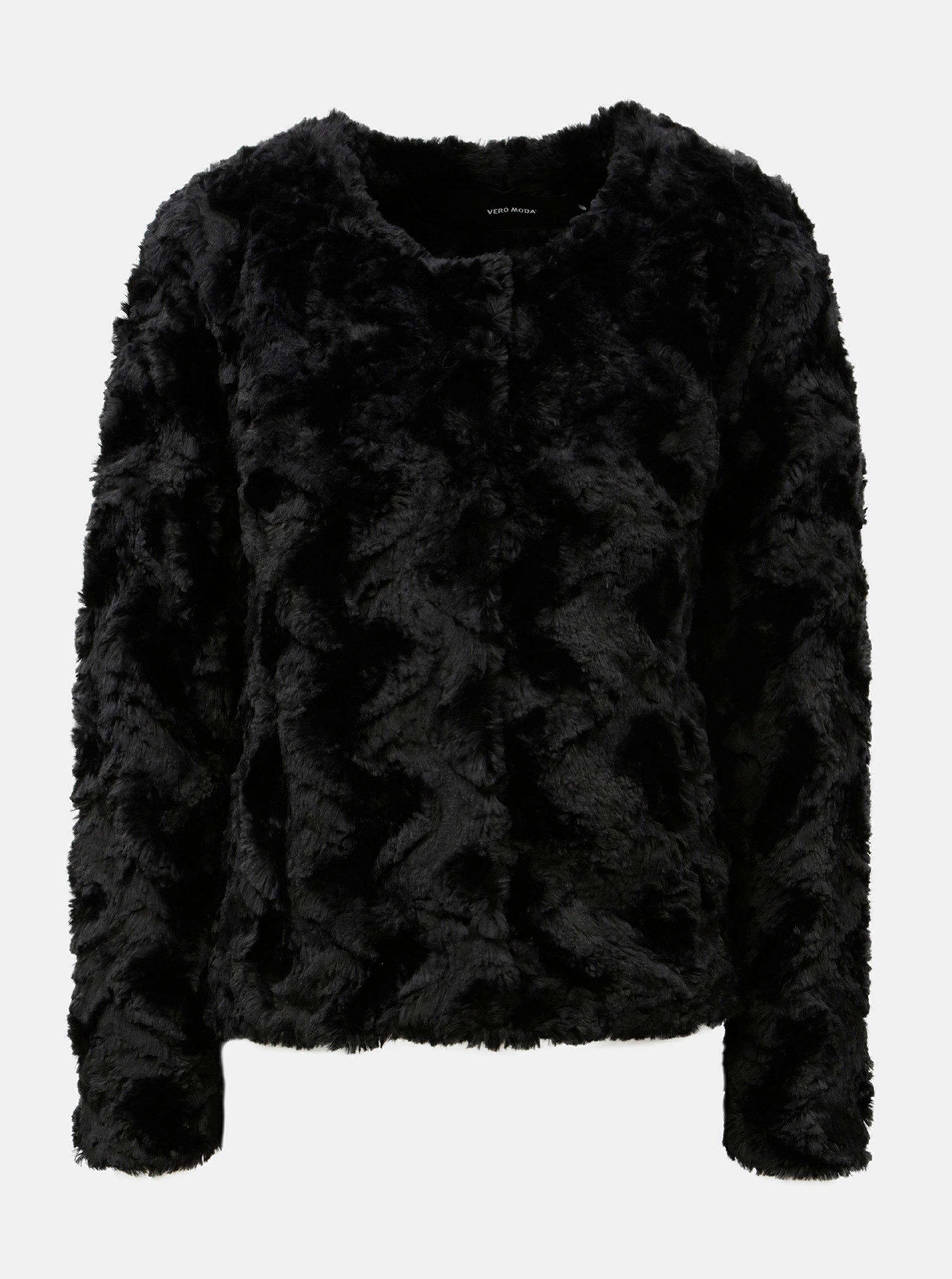 Černý krátký kabát z umělé kožešiny VERO MODA Curl