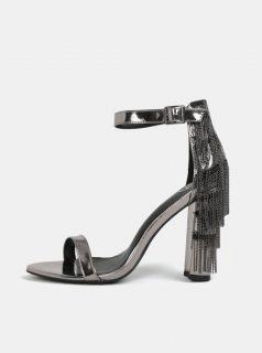Metalické sandálky na podpatku ve stříbrné barvě MISSGUIDED