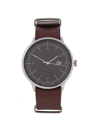 Pánské hodinky ve stříbrné barvě s hnědým koženým páskem CHPO Harold ... 6844a3fed7