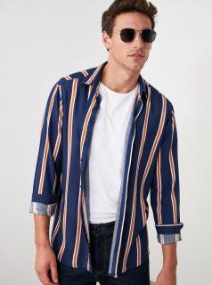 Tmavě modrá pánská pruhovaná košile Trendyol