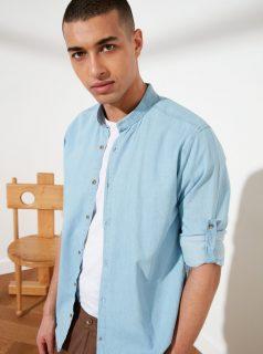 Světle modrá pánská košile Trendyol